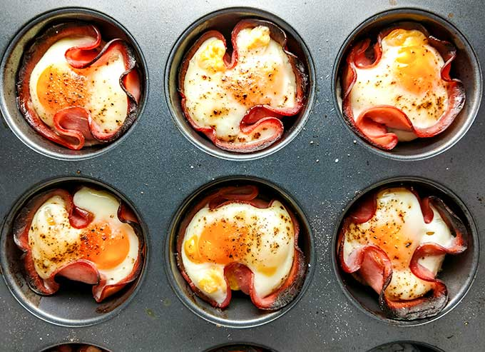 baked eggs in ham cups just out of the oven