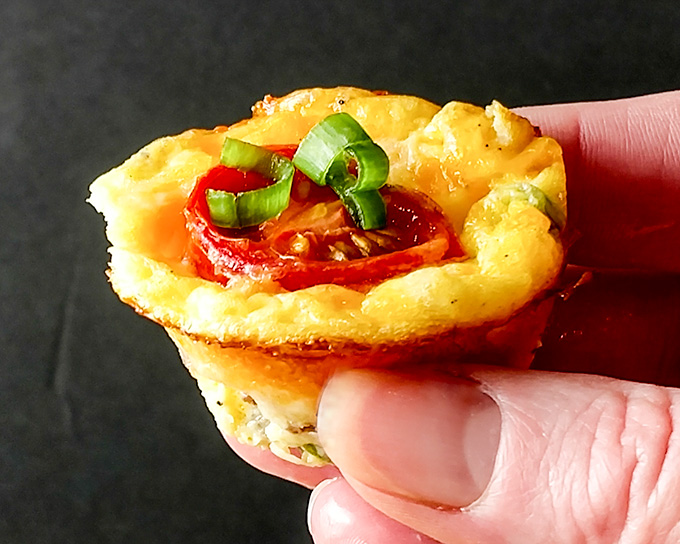 healthy sausage and egg mini muffins